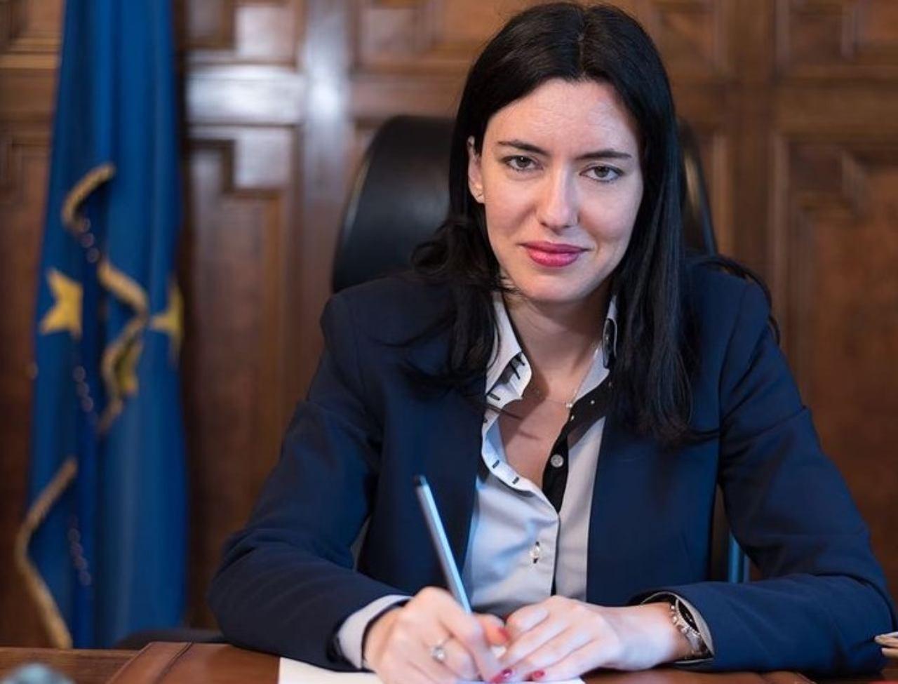 ESCLUSIVA/Intervista alla Ministra dell'Istruzione Lucia Azzolina! Giornalisti? Gli studenti del Comprensivo