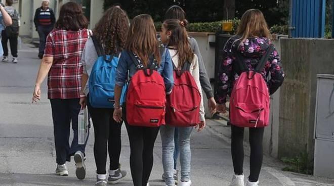 Delega ritiro alunni e autorizzazione uscita autonoma: i modelli