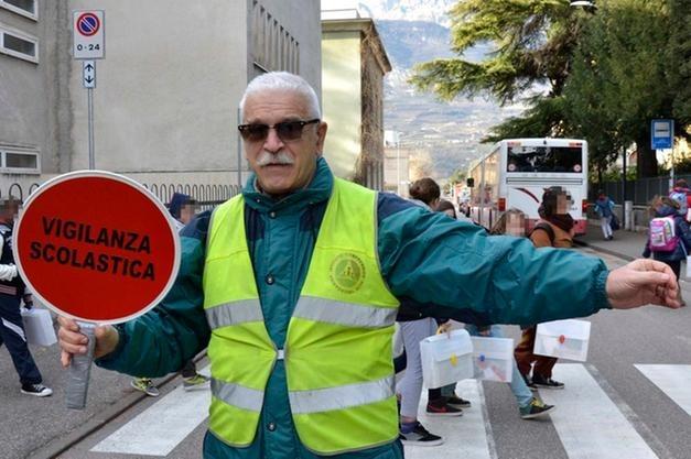"""Istituzione """"Albo Familiari Volontari"""". Variazione orari e modalità di accesso plesso Torregrotta Centro """"Leonardo Sciascia""""."""